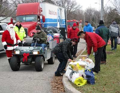 2011 Markland Wood Christmas Caravan